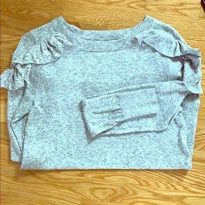 Sweaters - Light grey sweater ruffled shoulder